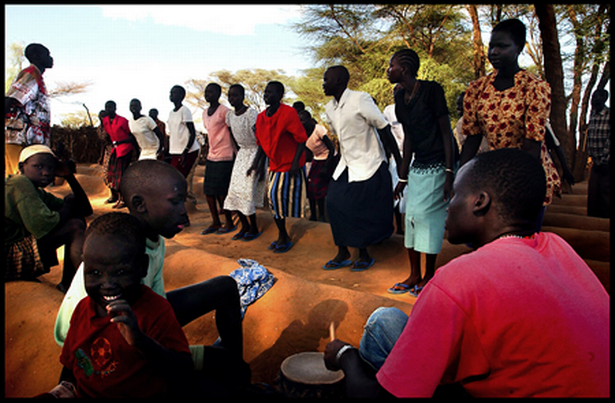 Click to View the Slideshow on Worship in Kenya