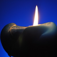 Candle_blue_200x200px